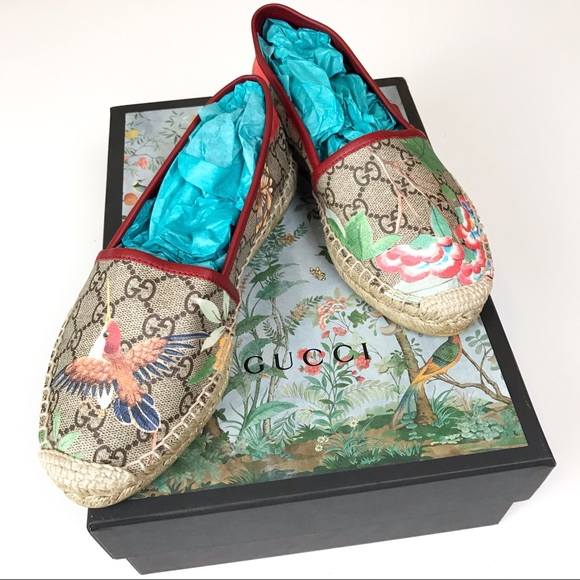 3470a1fa6cc Gucci Shoes - Gucci Supreme Tian Hummingbird Espadrilles 36 US 6